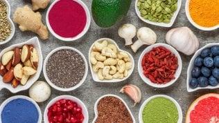 Piaceri Superfood, chi sale e chi scende: avocado alle stelle e spirulina in discesa. Per un mercato da 1,4 miliardi di euro
