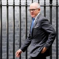 """""""Razzista e sessista"""", l'ambasciatore americano a Londra ancora nei guai"""