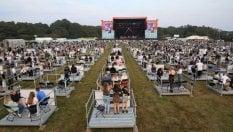 Spettatori divisi tra 500 piattaforme: la formula per i concerti a distanza