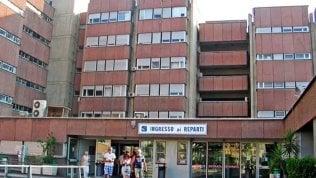 Nove casi all'ospedale di Reggio Calabria. Ci sono anche sanitari
