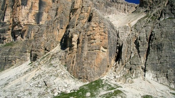 Base jumper muore in Alto Adige