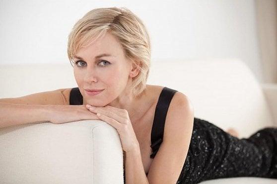 Un divano in prima fila: i film di Mymovies per i nostri abbonati. 'Diana', Naomi Watts è Lady D