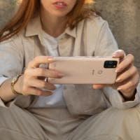 Wiko View5 e View5 Plus, praticità e super batteria. E prezzo light