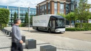 Il camion sostenibile con la scocca di lino e resina