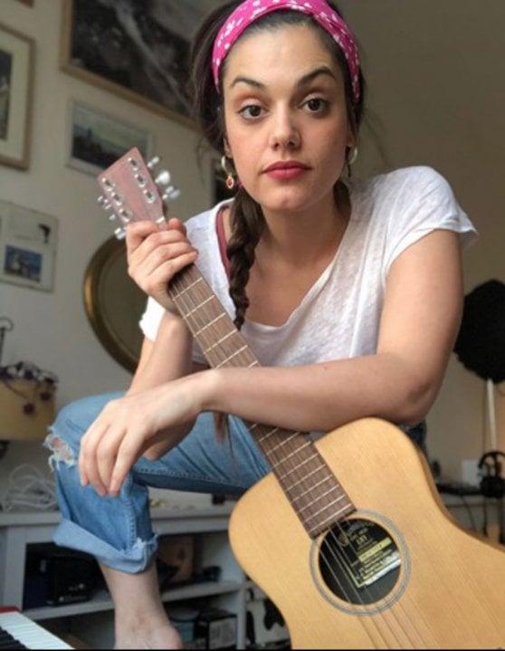 """Margherita Vicario, musica e parole: """"La scintilla arriva dal dolore e dalla felicità"""""""