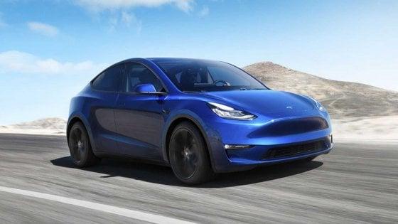 Inarrestabile Tesla, ora scommette sulla fusione dell'alluminio