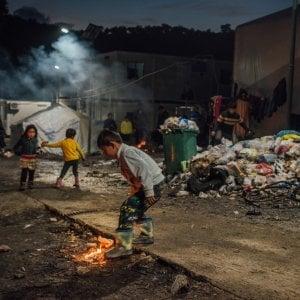 """Grecia, Lesbo: il campo di Moria cancellato dal fuoco, """"Una catastrofe annunciata"""""""