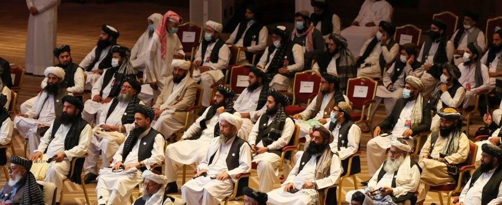 Afghanistan, al via a Doha gli storici negoziati di pace Kabul-Talebani