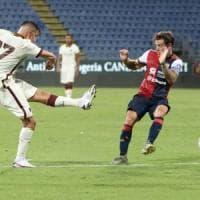 Roma dai due volti a Cagliari: rimonta da 2-0 a 2-2