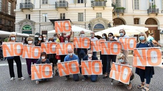 """Referendum, oggi in piazza a Roma la manifestazione per il """"No al taglio  dei parlamentari"""" - la Repubblica"""