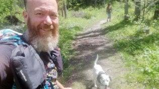 """Andrea Spinelli, il Forrest Gump contro il cancro: """"Sette anni fa i medici mi avevano dato 20 giorni di vita. Camminare mi ha salvato"""""""