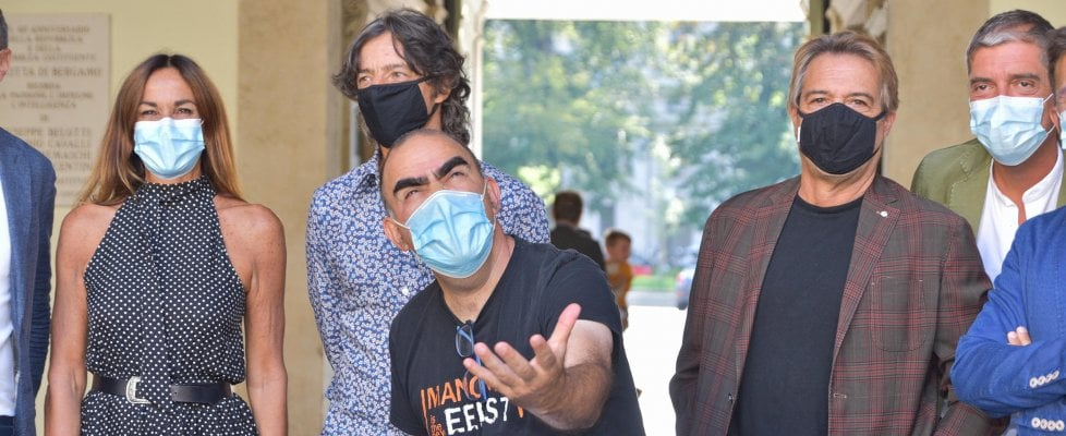 Elio e le Storie Tese tornano insieme per solidarietà: con il Trio Medusa per gli artisti in crisi