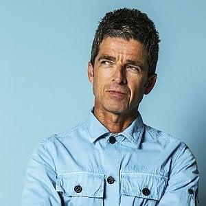 """Noel Gallagher, ex Oasis, non indossa la mascherina: """"Se prendo il Covid sono fatti miei"""""""