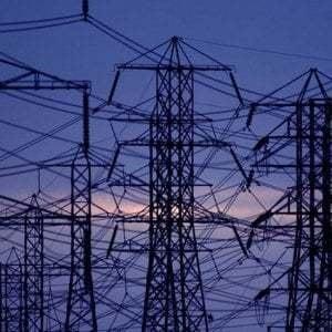 Energia e reti, i settori che hanno battuto economicamente Covid-19
