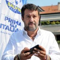 """Salvini contestato a Legnano: """"Restituisci i 49 milioni"""""""