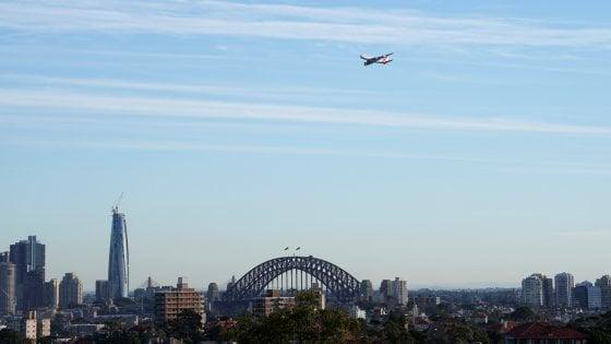 """Australia, va a ruba in 10 minuti il """"volo verso il nulla"""""""