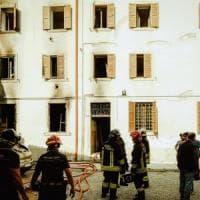 """Verona, esplosione in un palazzo in centro. I testimoni: """"È stata provocata da un..."""