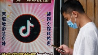 """Usa, da domenica vietato scaricare WeChat e TikTok: """"Motivi di sicurezza nazionale"""""""