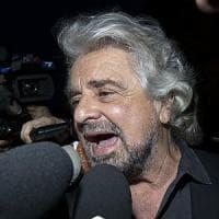 M5S, ecco la versione di Grillo: sull'aggressione al giornalista pubblica video sul blog