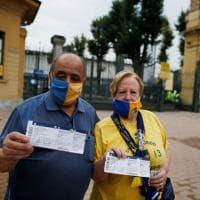 Temperatura, mascherine e distanziamento: in mille al Tardini per Parma-Napoli