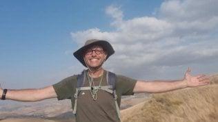 """Da Palermo ad Agrigento, l'impresa del giornalista Giuseppe Marinaro: """"A piedi ho scoperto la vera Sicilia"""" Foto"""