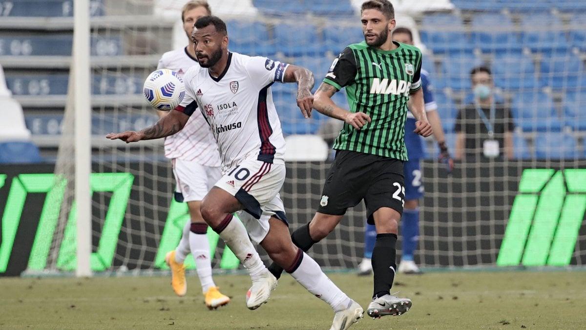 Sassuolo-Cagliari 1-1, botta e risposta finale tra Simeone e Bourabia