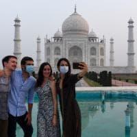 Coronavirus nel mondo: in India riapre il Taj Mahal ma i casi sono in aumento