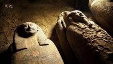 Egitto, trovati 27 sarcofagi intatti: rimasti chiusi per 2.500 anni