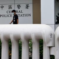 Hong Kong, arrestato e subito rilasciato Joshua Wong