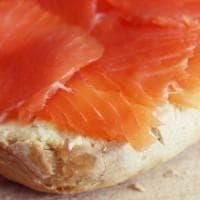 Salmone affumicato della Polar salmon, richiamo per possibile batterio