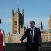 """Coronavirus, il deputato italiano a Westminster: """"Per gli inglesi è più difficile..."""