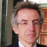 E il ministro Manfredi riformerà le certificazioni per la lingua italiana