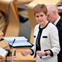 """Coronavirus, migliaia di studenti """"prigionieri"""" delle università inglesi e scozzesi"""