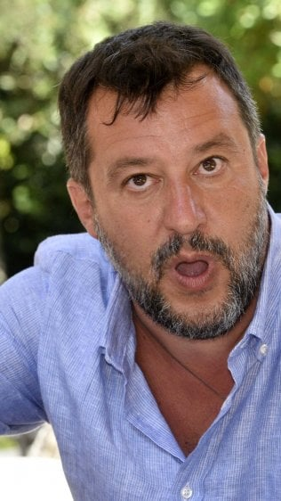 Ascolta l'inchiesta sulla nave Gregoretti e il processo a Salvini