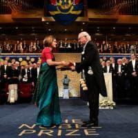 """""""Chiudiamo la Francia durante l'Avvento per salvarla"""": l'appello dei due Nobel per..."""