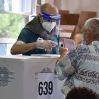 Candidati per avere i permessi: la polizia avvia indagine interna sulla 'banda d...