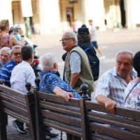 """Giornata internazionale degli anziani, il messaggio di Mattarella: """"Sono un patrimonio da..."""