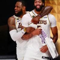 Finals Nba, i Lakers vincono l'anello. Miami si arrende, LeBron Mvp