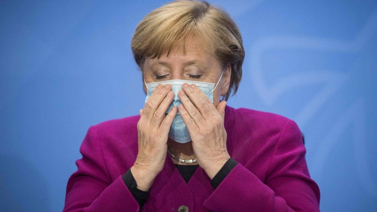 """000019254 8050a679 428e 42c9 83fa f69a2656a670 - Coronavirus, la Germania vara nuove restrizioni. Merkel dopo vertice-flop con i land: """"Contagi esponenziali, rischiamo perdita di controllo"""""""