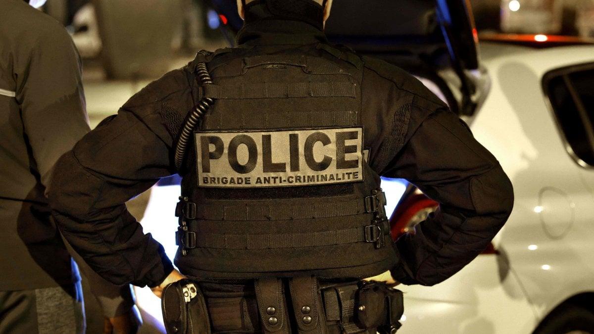 014635306 61b1fd09 258a 40c7 98d9 0696d025eabf - Professore decapitato vicino Parigi, fermate 4 persone tra cui un minore