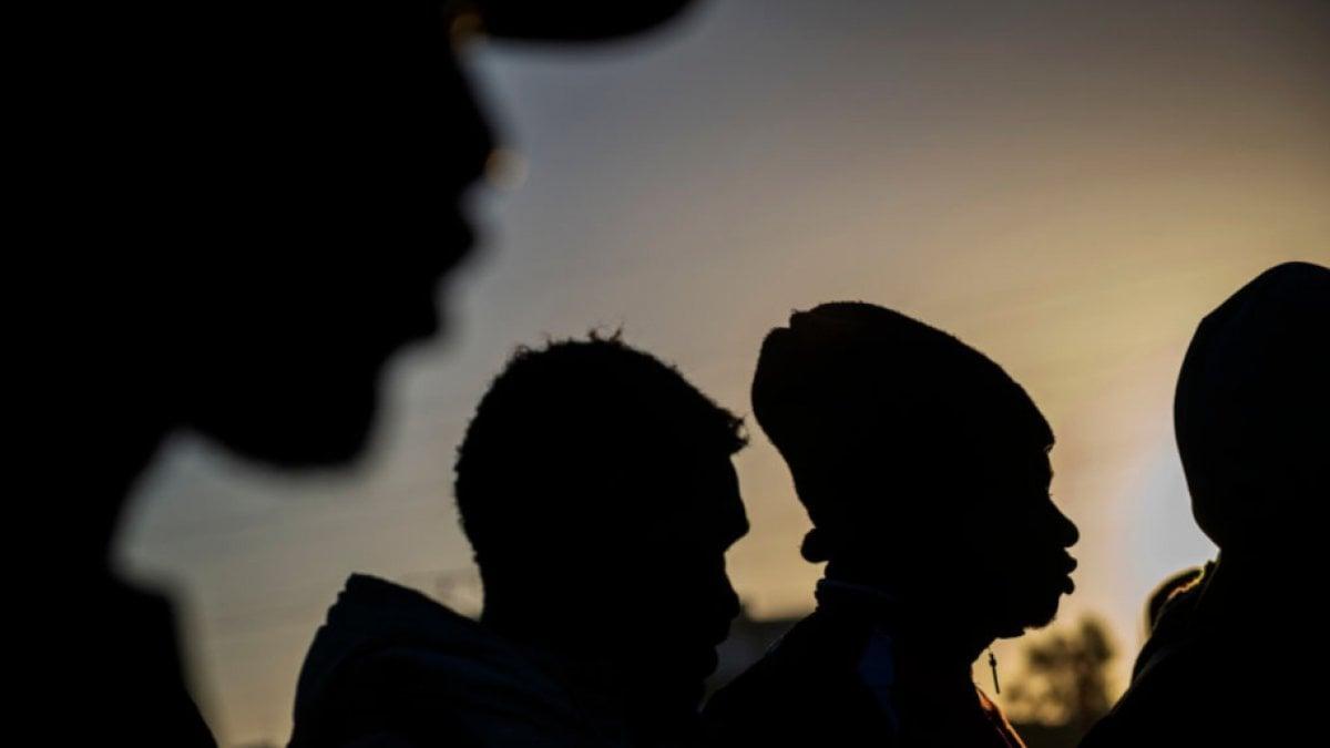 Il decreto sicurezza ha prodotto 140mila migranti invisibili in più, pronti a essere sfruttati come lavoratori in nero