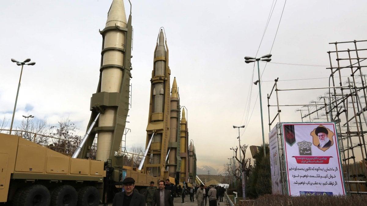 104657001 a0d17e76 4fcd 4e83 bae1 3430eda7f075 - Iran, scade l'embargo sulle armi