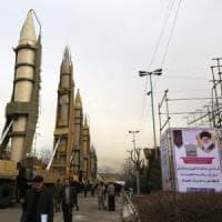 Iran, scade l'embargo sulle armi