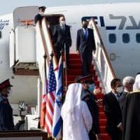 Israele-Bahrein, storico volo per l'avvio dei rapporti diplomatici