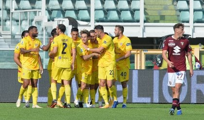 Torino-Cagliari 2-3: Belotti non basta, Joao Pedro e Simeone firmano il colpo dei sardi