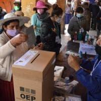 Bolivia, il socialista Arce verso la vittoria: in ballo anche il futuro di Morales