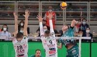 Volley, Superlega: Perugia passa anche a Trento, Civitanova non molla