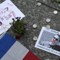 """Francia, il ministro dell'Interno denuncia: """"Una 'fatwa' contro il professore decapitato"""""""