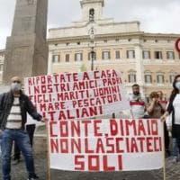 Papa Francesco incontra le famiglie dei pescatori siciliani arrestati nella Libia di...