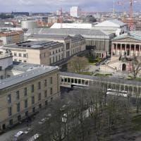 Berlino, imbrattati indelebilmente oltre 70 capolavori nei musei del centro. Accuse...